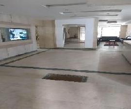 مكتب للايجار بكورنيش المعادي موقع متميز 280م
