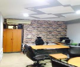 مكتب مفروش للايحار بزهراء المعادي بالقرب من كارفور 100م