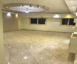 مكتب للايجار بزهراء المعادى 195م